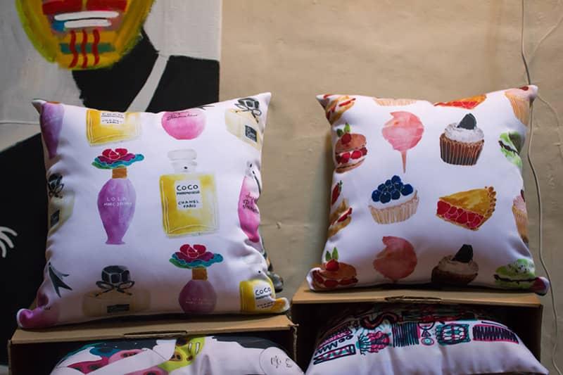 orang illustrated goods cushion series